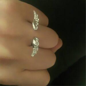 Angel wings full diamond ring