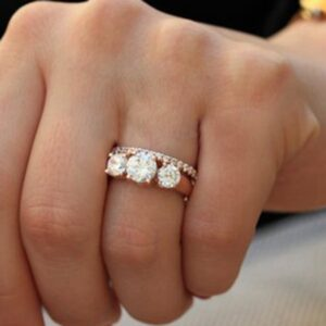 New Style Rose Gold Inlaid Zircon Simple And Fashionable Couple Ring