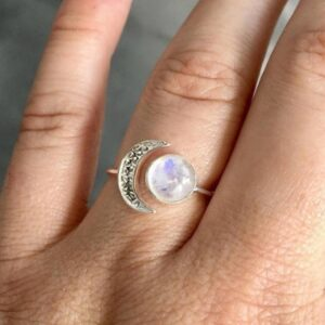 Fashion Women's Silver Plated Moonstone Ring