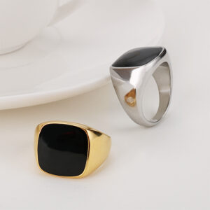 Smooth stainless steel men's ring