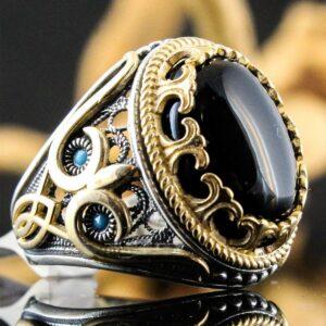 Popular Retro Pattern Black Face Zircon Ring